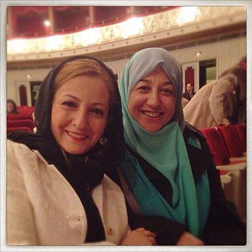 عکس : سلفی همسر ظریف با شقایق دهقان