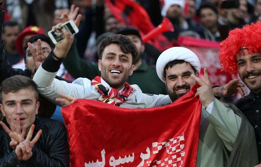 روحانیون پرسپولیسی در ورزشگاه آزادی   تصاویر