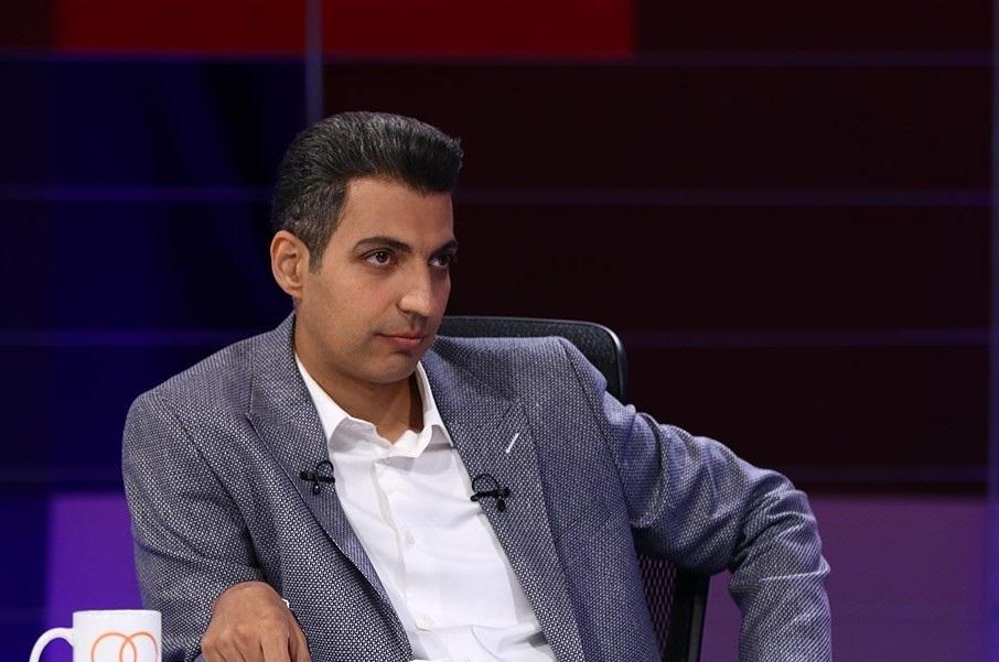 استقبال رسانه اصولگرا از شایعه حذف فردوسیپور: او باید مثل جیرانی از بینندگان خداحافظی کند و برود